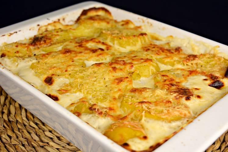 Patatas gratinadas a la crema