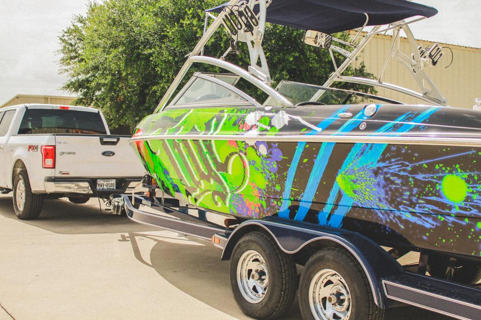 3dgraphix-custom-boat-wrap-tige-georgeto