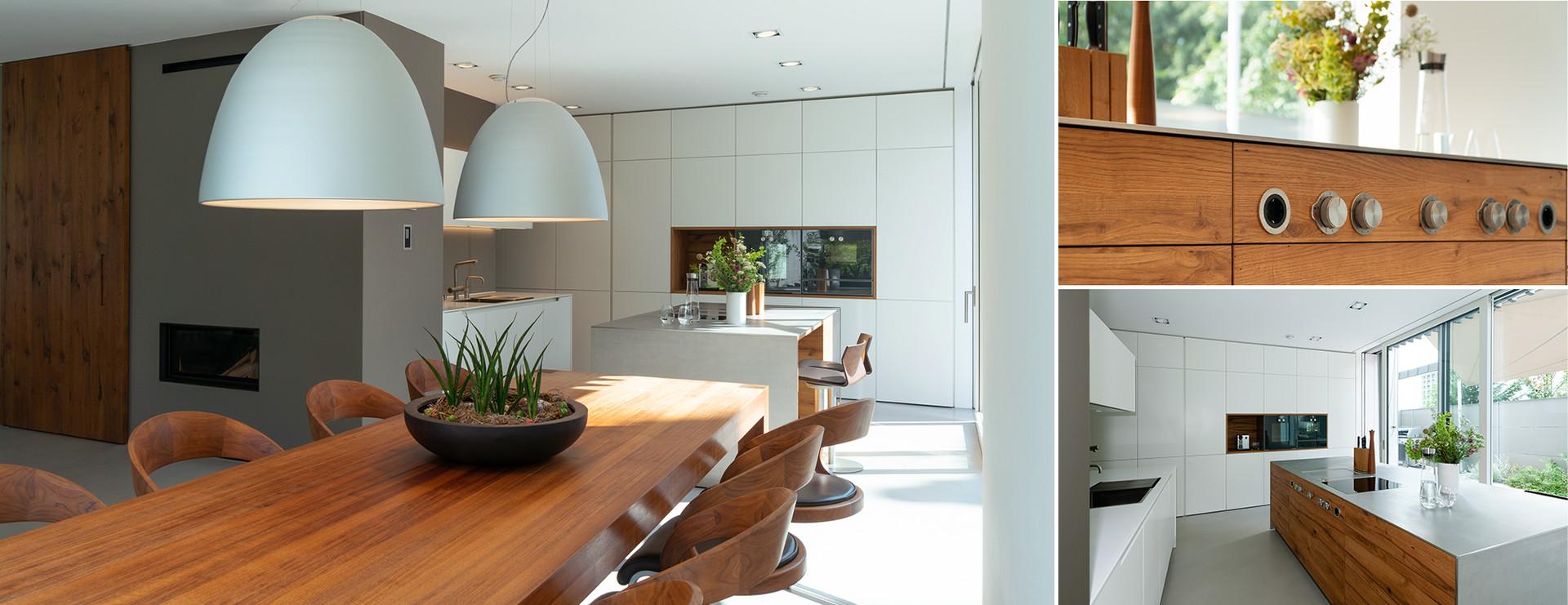offene Architektenküche mit Ess- und Wohnbereich