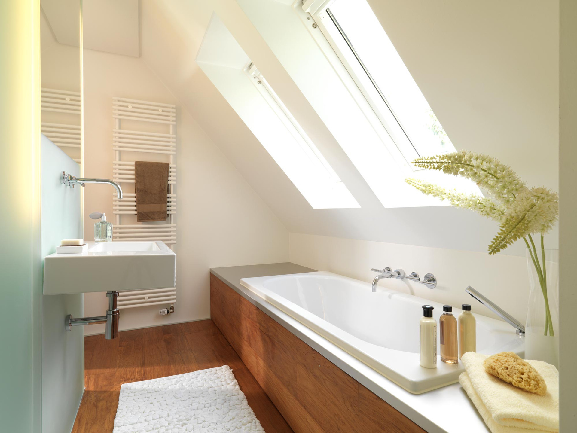 Bad mit Dachschräge in Erlangen