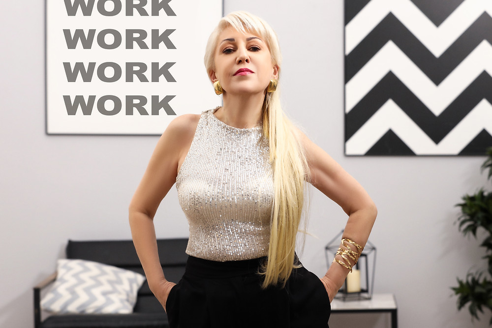 Инесса - певица, исполнитель, артист, музыкант, композитор