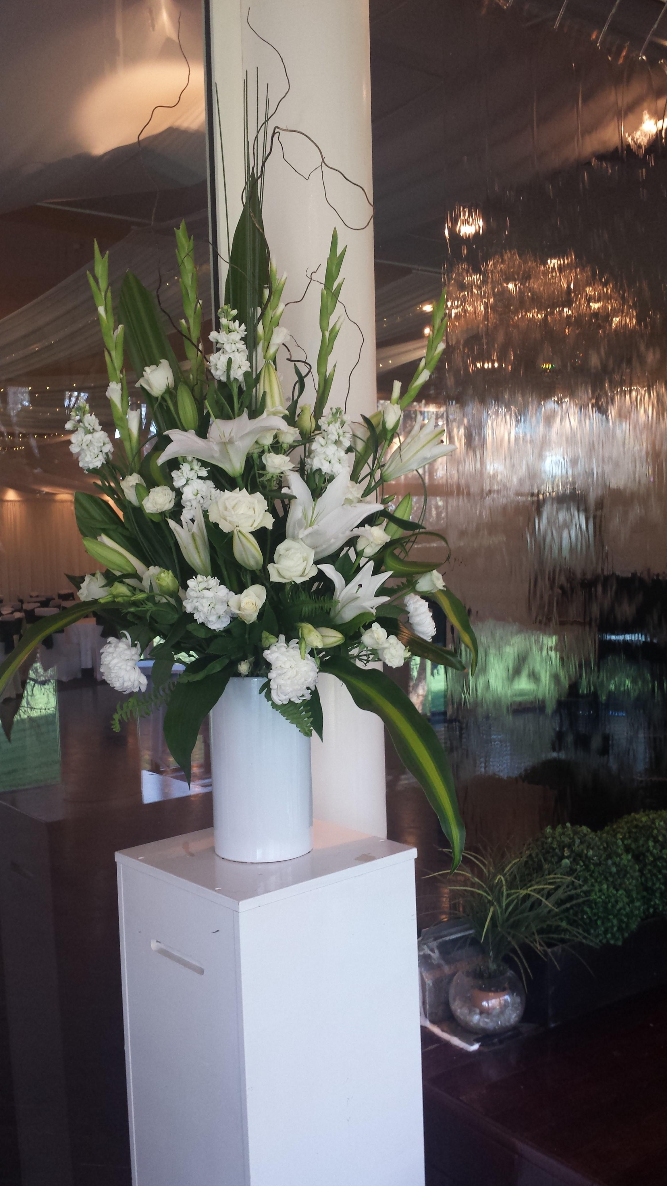 flowers of envy arrangement sferas