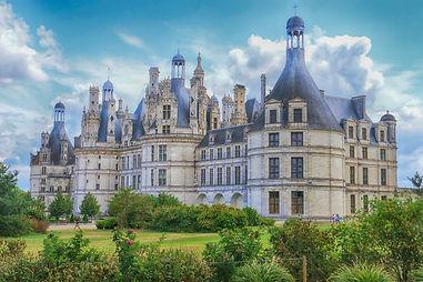 castle-4438648_1920.jpg