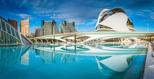Futuristic-cityscape-reflecting-pool-Cit