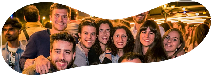 ERASMUS PARIS PARTY GROUP 03.png