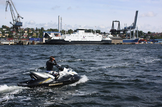 Fritt fram for vannscooter, men forbud i Vansjø