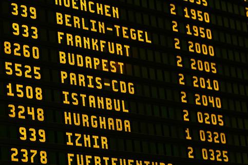 United 2 airport-1890943_1280.jpg