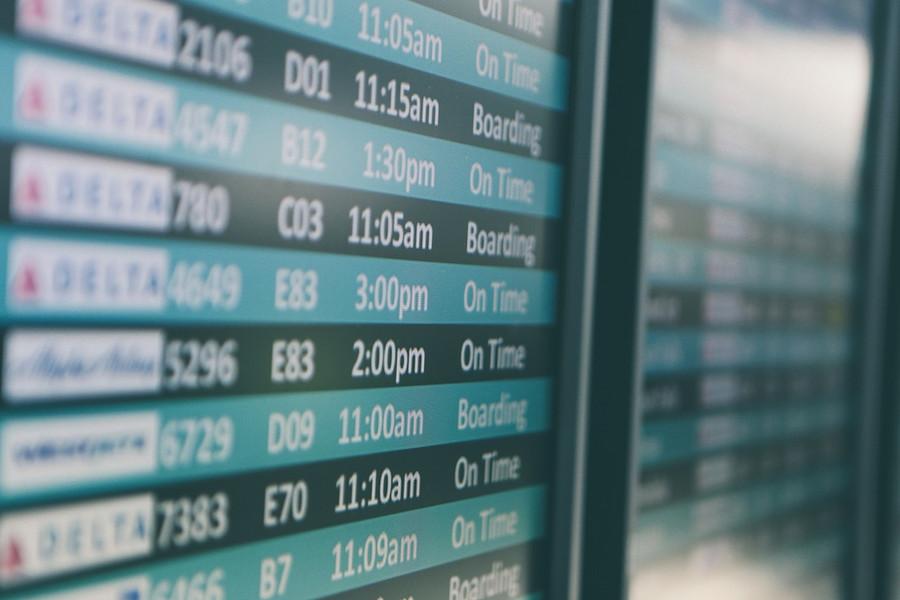 Delta 2 airport-690556_1280.jpg