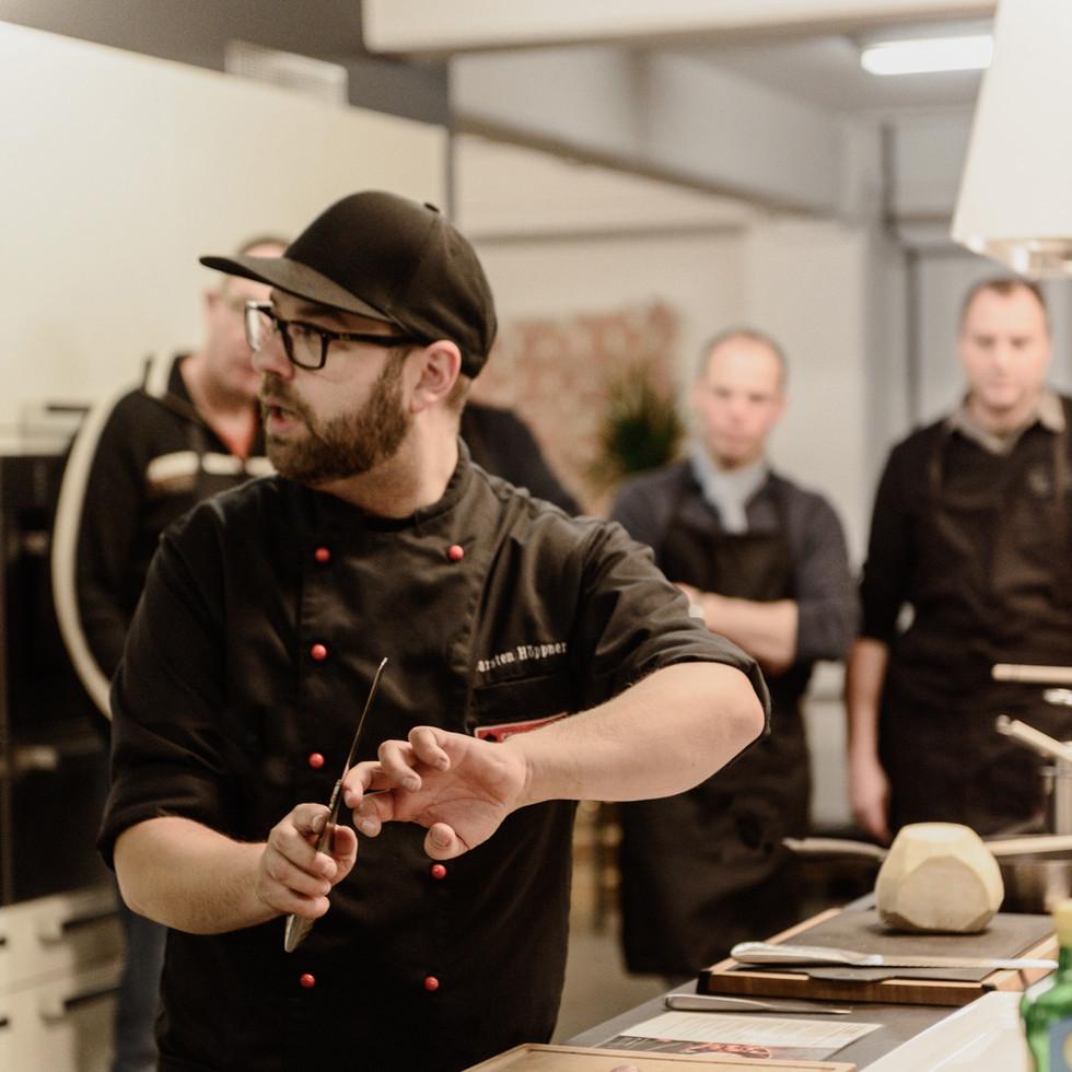 Grillmeister Carsten beim Showkochen
