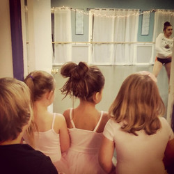 Our broadway kids watching the senior dancers #inspire#dance#rolemodel#spotlightdance#maine#kids#dan
