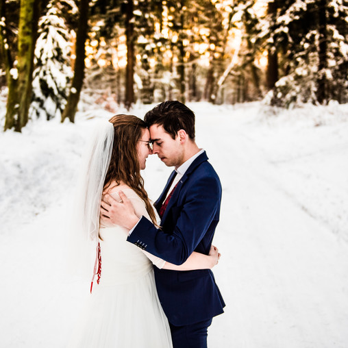 Afterweddingshoot in de sneeuw