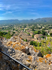 Hill view Eygalières.jpg