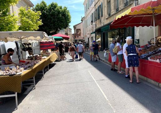 Market Saint Remy.jpg