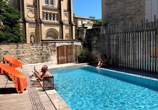 Swimming Pool at Hotel Entraigues Uzes.jpg