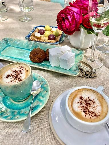 Coffees and miniardises Jardin Secret.jp