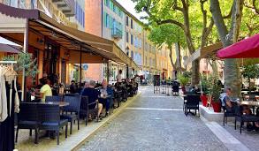 Cafe du Cours.jpg