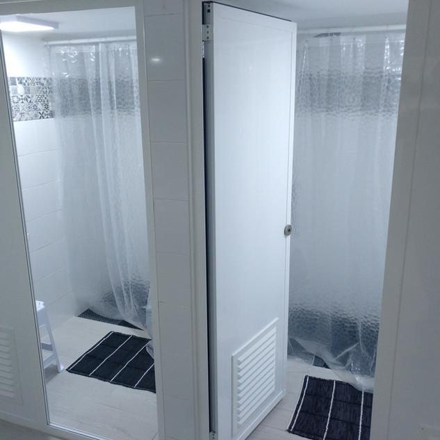 Basement Bathroom (Shower Rooms)