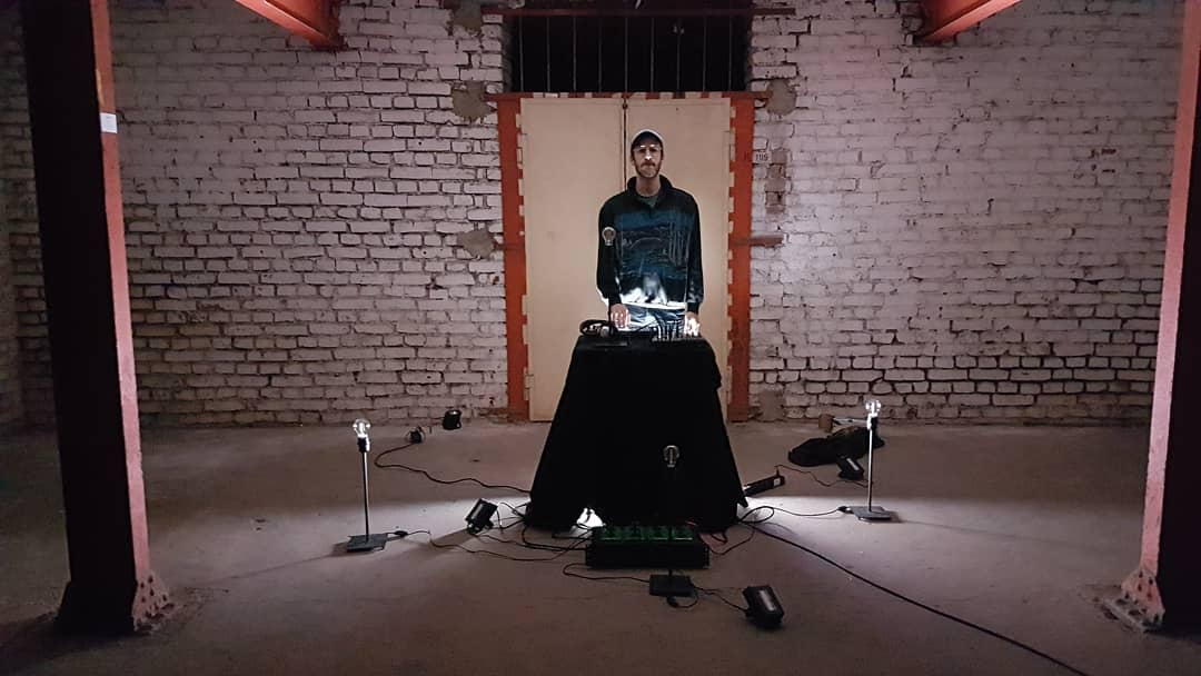 "Videoshoot to ""Music for sampler & lightbulbs"" at M7173, Cologne"