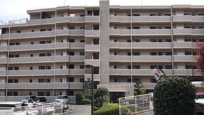 紛争の末、傾斜マンション「ベルヴィ香椎 六番館」の建替え工事がスタート(前)