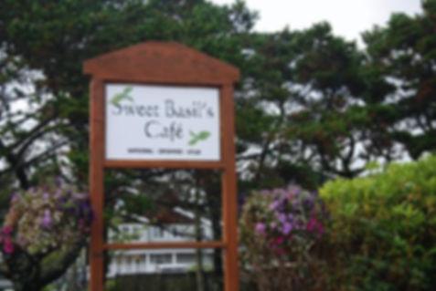 sweet-basil-s-cafe-7.jpg