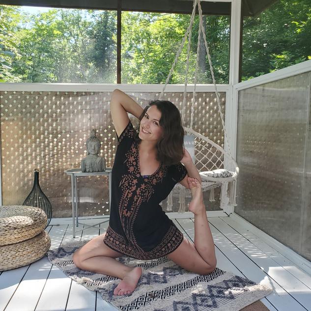 Lisa - Yoga