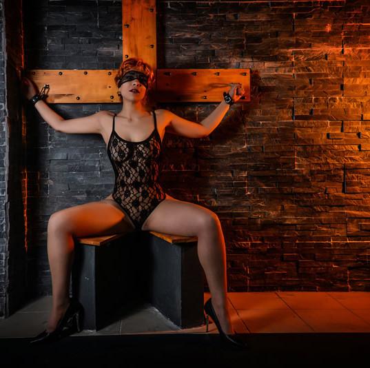 slave julietta 2.jpg