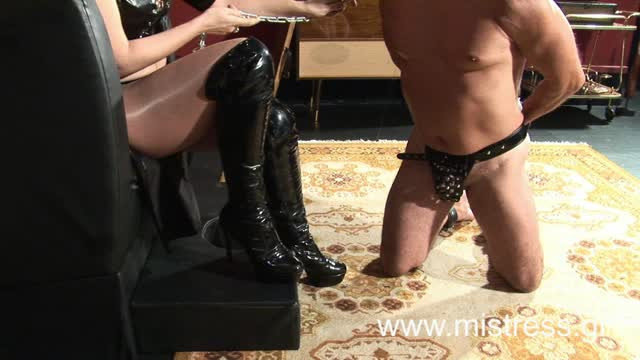 Nylons, foot teasing from Miss Julietta