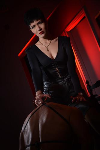 Mistress Alexandra 13.jpg
