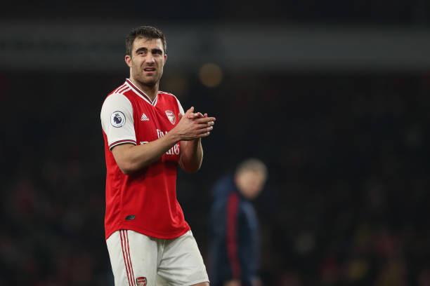 Arsenal : Un défenseur en route pour l'Espagne.