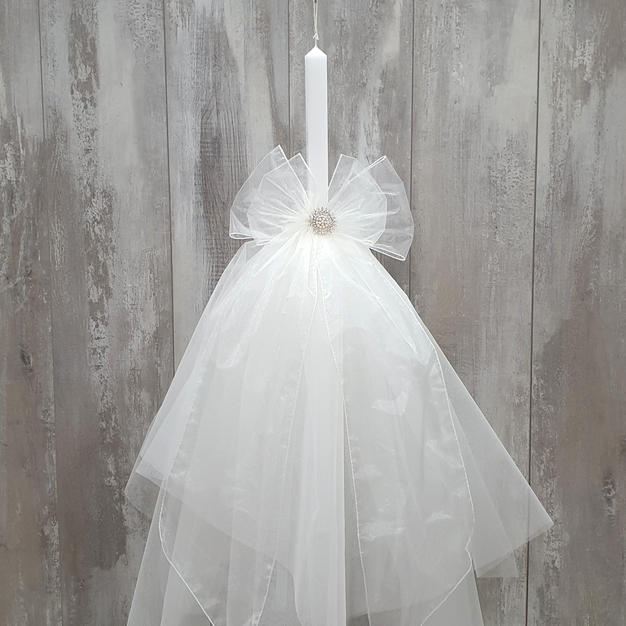Ivory oganza double bow with ivory layered tulle skirt