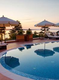 Hotel & Indoor Waterpark