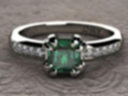 Anillo Esmeralda y Diamantes