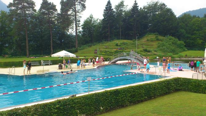 Schwimmkurse für Kinder ab 4 Jahren  durch die Wasserwacht Oberau