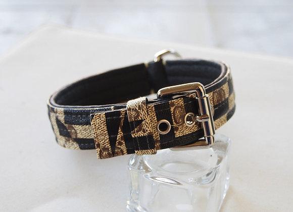 Collar black and Beige, Italian design
