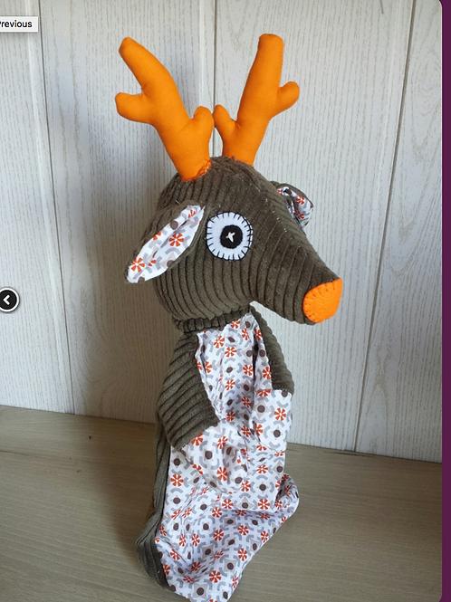 marionnette à gaine - cerf