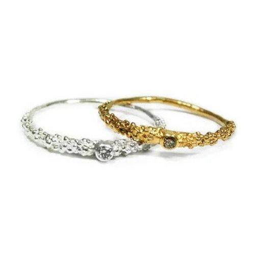 Grain Thin Ring with 2mm Diamond