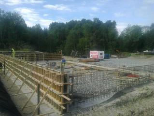 Godt i gang med betongarbeidet