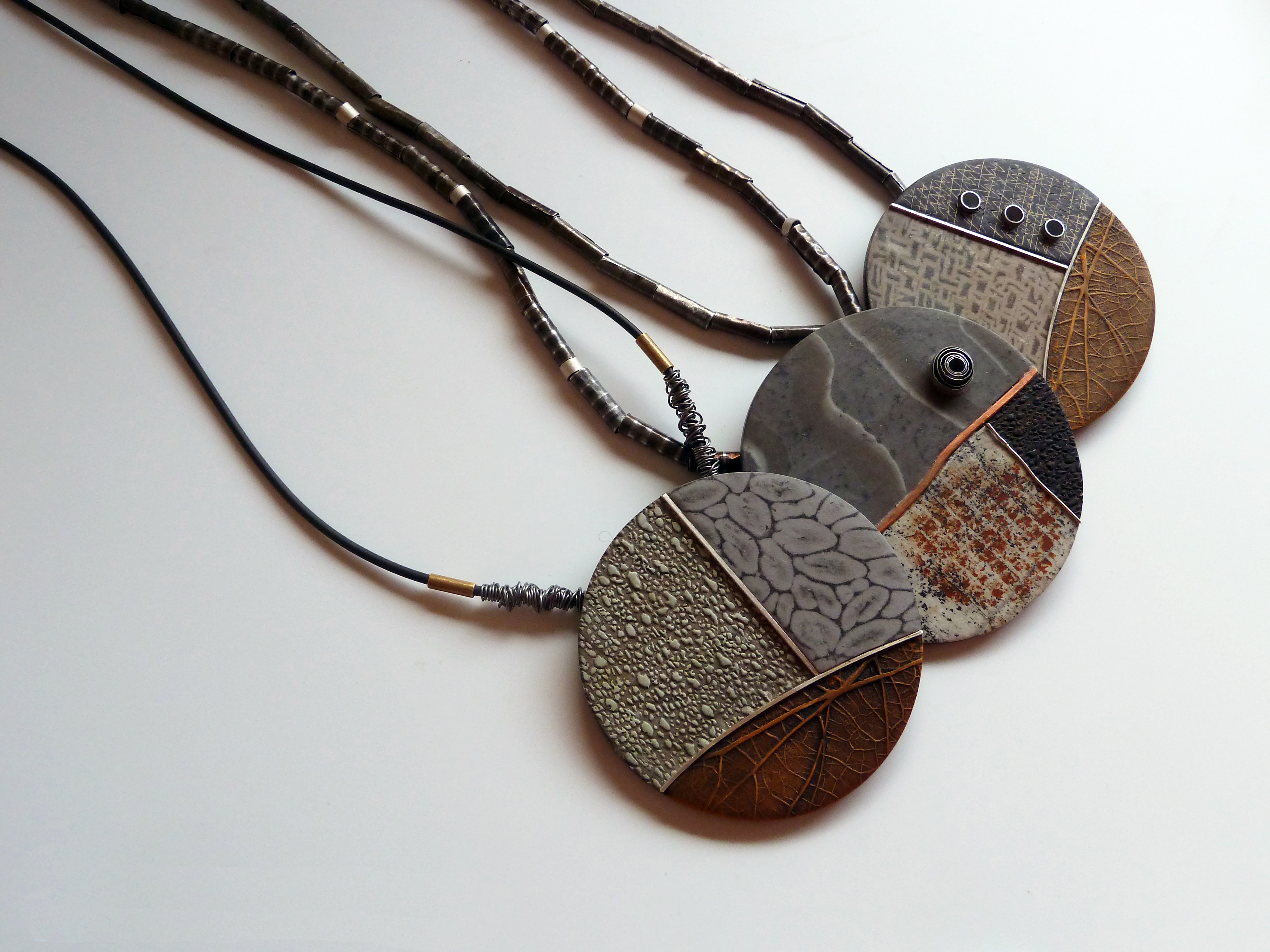Round Pendant Collection