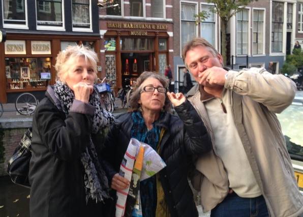 Bennie Franne & Jan smoking pot.JPG