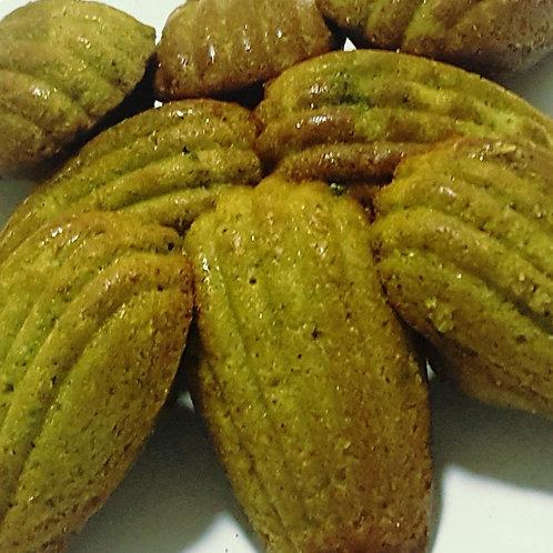 Matcha madeleines (6 pieces)