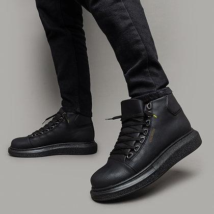 Черные ботинки из эко-кожи