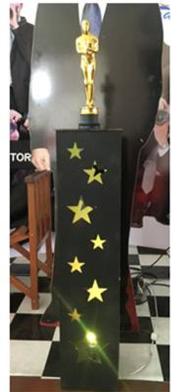 Pedestal Oscar