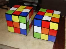 Mesinha/banco Cubo Mágico