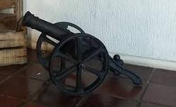 Canhão em Resina