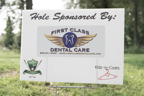 Sponsors_Hole_ First Class Dental Care-9