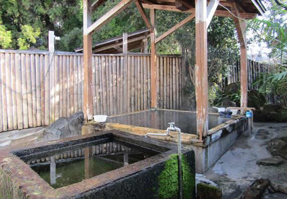 鶴丸温泉-露天風呂