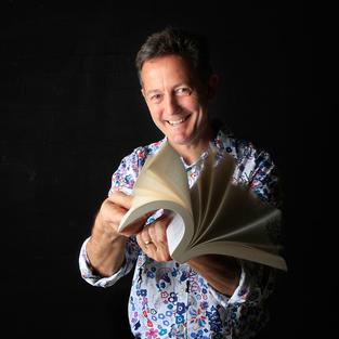 Nick Earls - Author