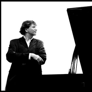 Piers Lane - Pianist
