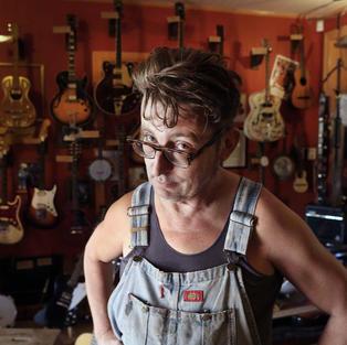John Davis - Guitar Restorer and Virtuoso