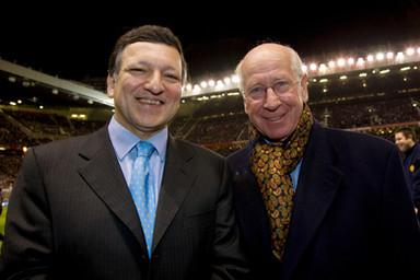 José Manuel Barroso with Sir Bobby Charlton